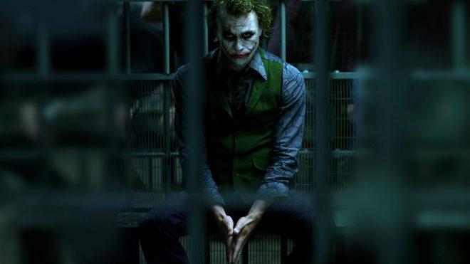 Regarder, encore, The Dark Knight sur un écran de plus de 100″, un régal !