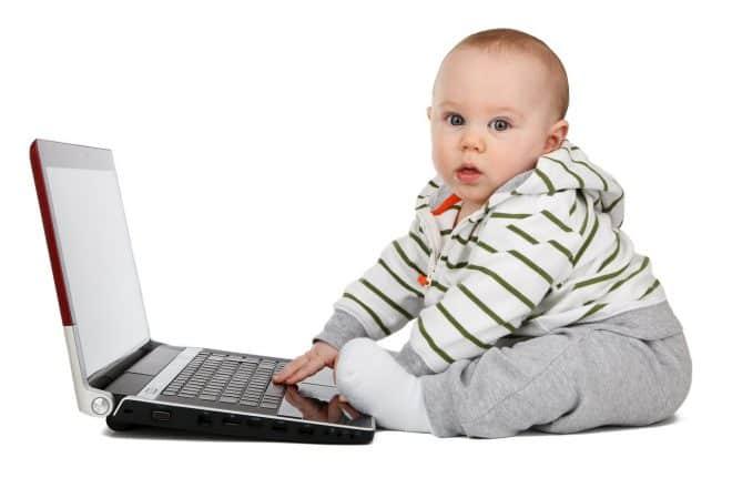 Trouver une baby-sitter sur le net