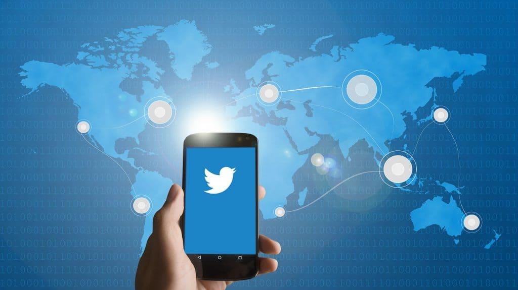 """Twitter a """"accidentellement"""" utilisé les numéros de téléphone de ses utilisateurs à des fins publicitaires"""