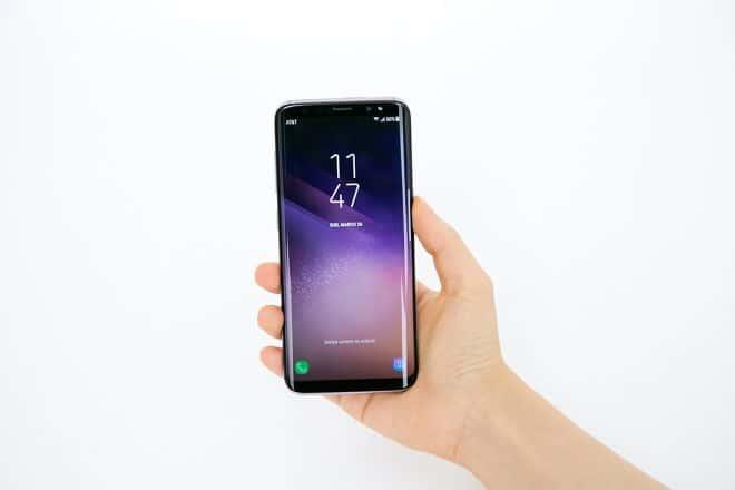 Lancé fin avril, leSamsung Galaxy S8 est un téléphone ultra haut de gamme sans concession qui représente ce que le marché mobile a de mieux à offrir. Lancé à 799€, il est dispo à 519€ sur eBay. Haut de gamme de fond en comble Pour l'interface, le S8 est équipé d'unécran Infinity 5,8″ Super AMOLED […]