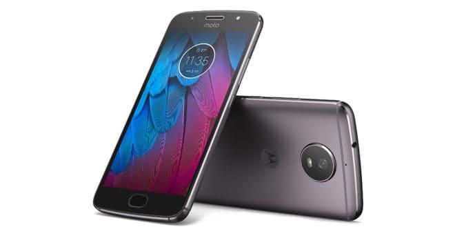 Téléphone milieu de gamme, leMoto G5S reste classique dans sa configuration, mais son prix en réduction défie toute concurrence. Classique mais intéressant Équipé d'un écran Full HD de 5,2″ protégé par du verre Corning Gorilla Glass 3, leMotorola Moto G5S embarque un processeur Snapdragon 430 octo-core cadencé à 1.4 GHz et 3 Go de mémoire […]
