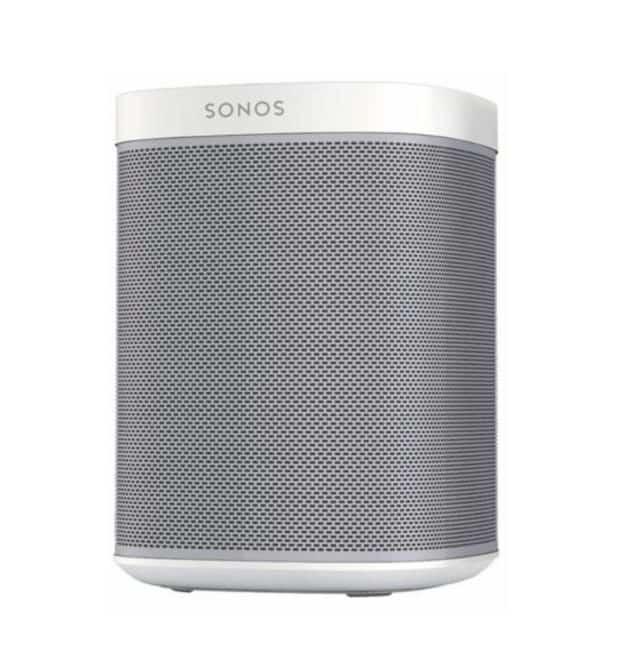 Inutile d'être très bon en arithmétique pour comprendre que Sonos a voulu jouer avec les chiffres, afin de bâtir une stratégie marketing très simple, à savoir : deux enceintes pour le prix d'une ! Sonos a en effet profité du lancement de la commercialisation de l'enceinte connectée HomePod d'Apple, pour réaliser une offensive commerciale. En […]