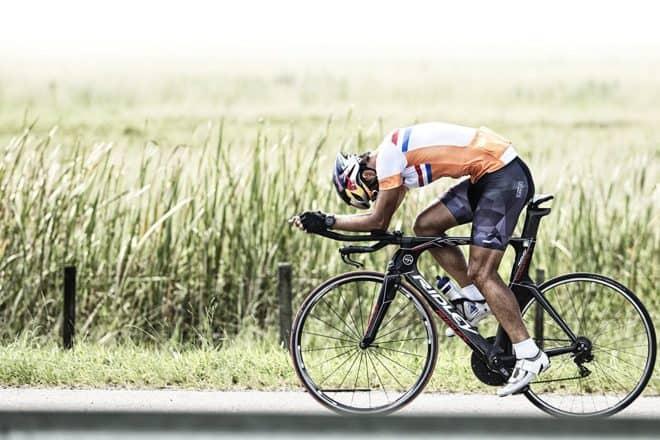 Les athlètes qui cherchent un outil efficace, précis et avec une solide batterie pour suivre leurs performances peuvent aujourd'hui se pencher sur la montre de Garmin sans fuir devant le prix. Des données précises pour mieux mesurer ses efforts La Forerunner 735XT vous aide à vous améliorer facilement grâce à ses profils d'activité intégrés pour […]