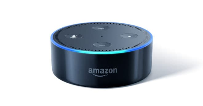 amazon l 39 assistant vocal echo dot 2 me g n ration moiti prix. Black Bedroom Furniture Sets. Home Design Ideas