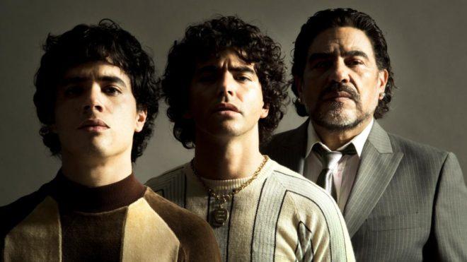 La série basée sur la vie de la légende du football Diego Maradona s'illustre avec une image.