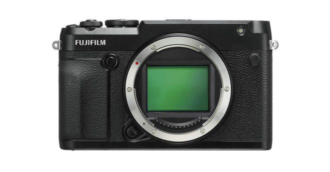 Faisant suite auFujifilm GFX-50S, leFujifilm GFX-50R est la version avec télémètre électronique du compact de moyen format. Lancé à 4499€, il s'adresse avant tout aux professionnels qui sauront exploiter tout le potentiel de ce nouveau fleuron de la marque japonaise. Remarquable à tous les étages Si leFujifilm GFX-50R est blindé de nouvelles technologies qui font […]