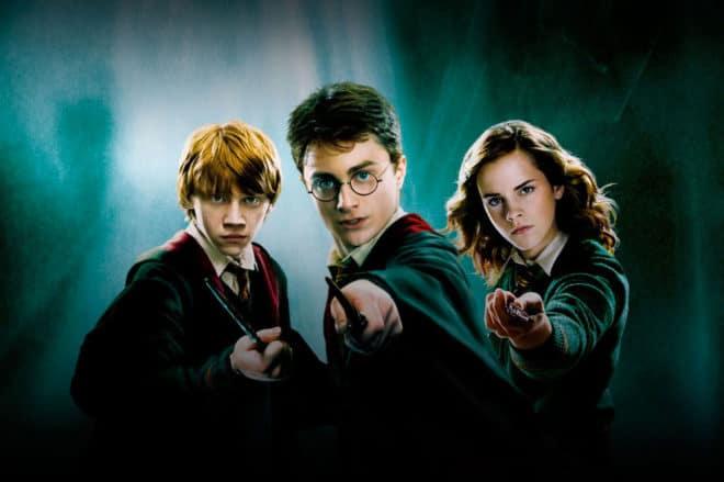 C'est la nouvelle qui fera plaisir aux fans de la franchise cinématographique tirée des romans de J.K. Rowling. Et pour cause : la page française de Netflix a annoncé que tous les épisodes de Harry Potter seraient disponibles dès le 1 novembre. De quoi faire un marathon pour tous les aficionados du sorcier et bien […]
