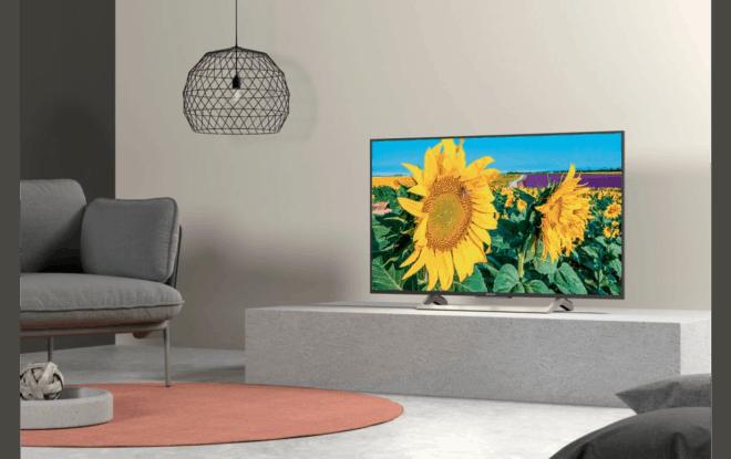 Android TV se connectant à Internet, leSony KD55XF8096 permet de profiter de contenus locaux ou distants dans la meilleure qualité possible. Un traitement d'image novateur La TV KD55XF8096 possède un design épuré avec bords fins en aluminium, mais n'oublie pas d'emporter son lot de technologies. Équipée du traitement d'image Triluminos développée par Sony, cette technologie […]