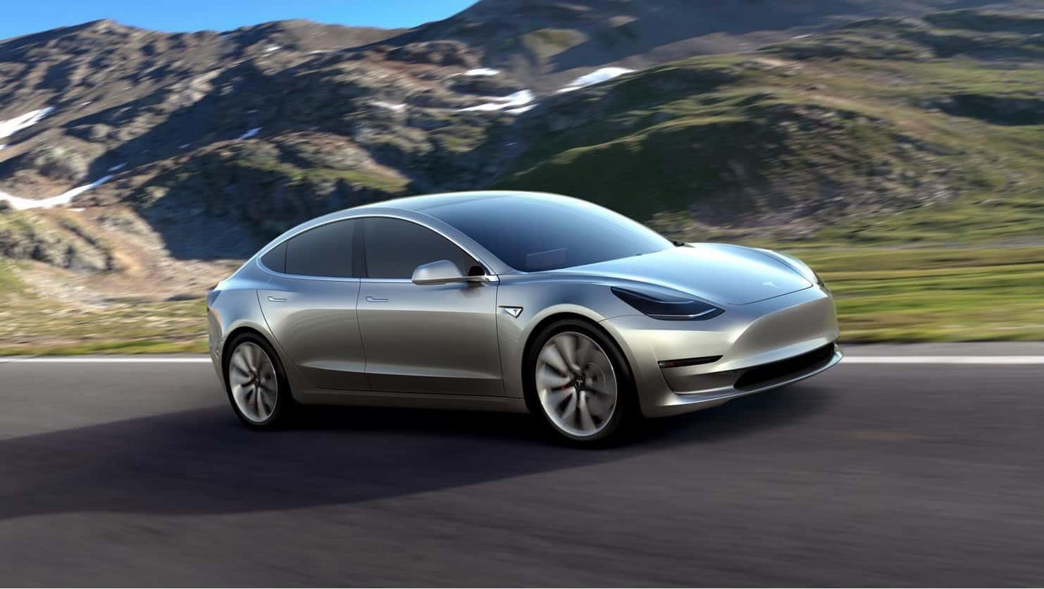 Elon Musk annonce une Tesla avec plus de 640 km d'autonomie pour bientôt