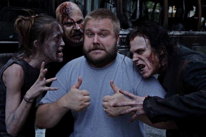 Robert Kirkman annonce la fin du comics The Walking Dead.