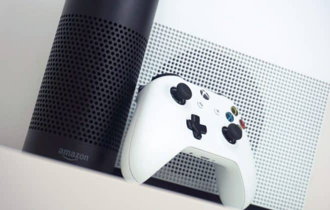 Alexa est disponible sur Xbox One en France.