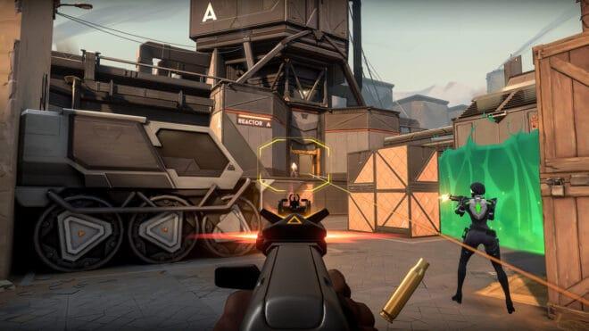 Riot Games lance officiellement son jeu de tir tactique compétitif.